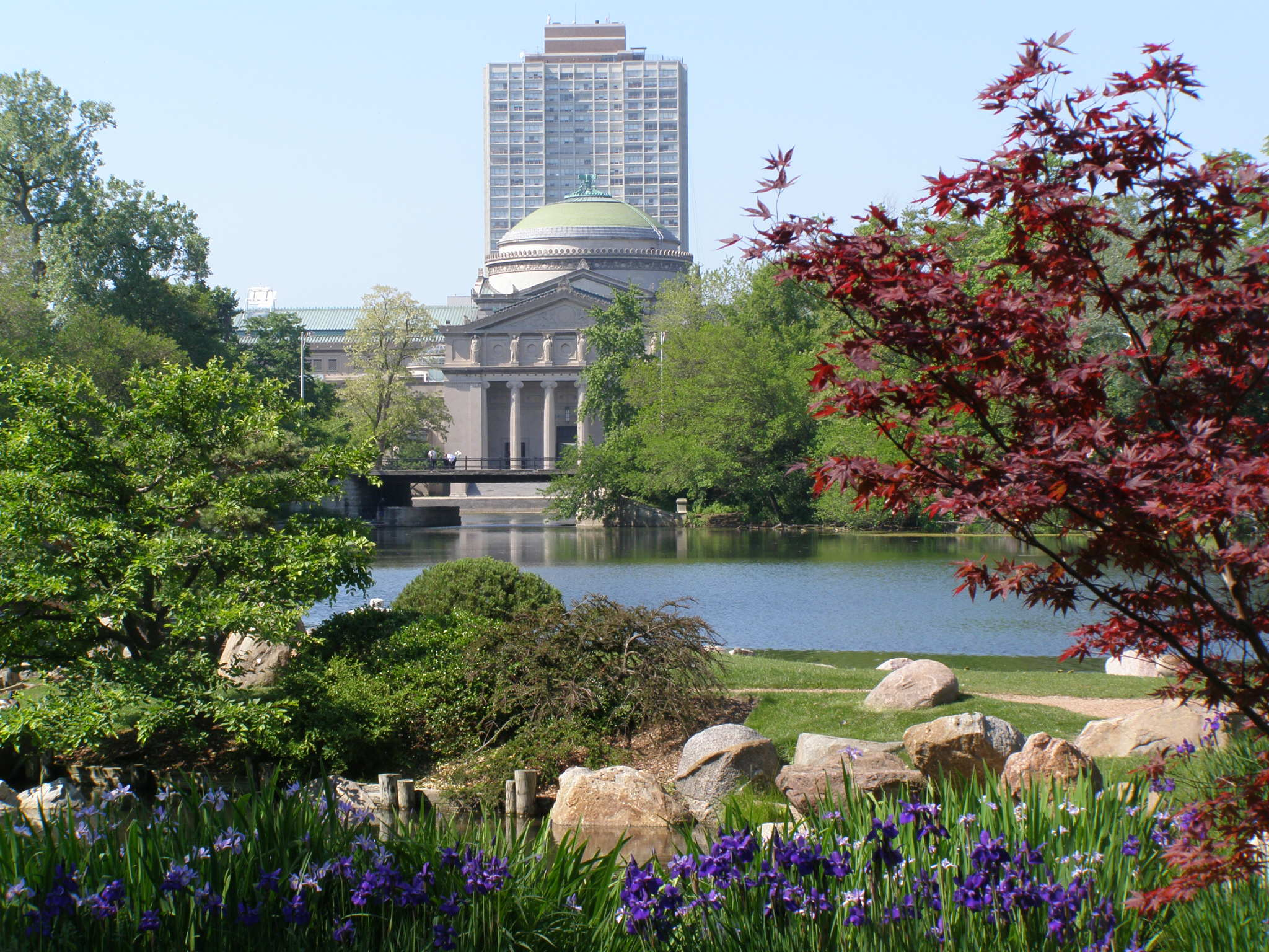 Secret gardens of chicago jackson park fallopia